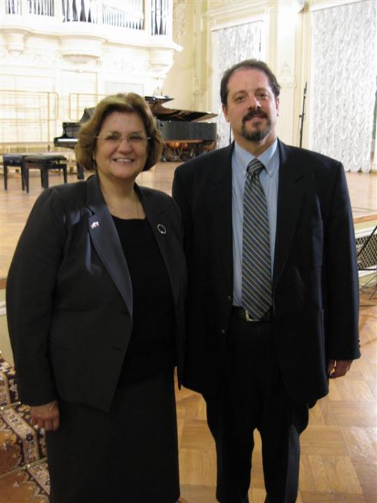Carl Ratner with Sheila Gwaltney, Consul General from the United States to Saint Petersburg